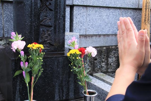 【静岡市の探偵のお墓探し調査】友人が密かに他界!? お墓は一体どこにある?